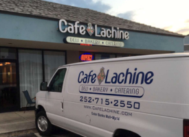 cafe-lachine-catering-van